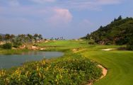 View The Dunes at Shenzhou Peninsula's impressive golf course situated in dazzling China.
