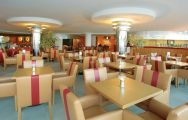 View Paraiso Albufeira Hotel's beautiful restaurant in vibrant Algarve.