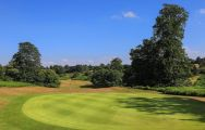 Knole Park Golf Club carries some of the finest golf course near Kent