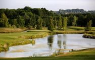 View Crecy Golf Club's impressive golf course in dazzling Paris.