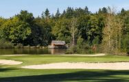 Golf Les Ormes has got several of the preferred golf course around Brittany