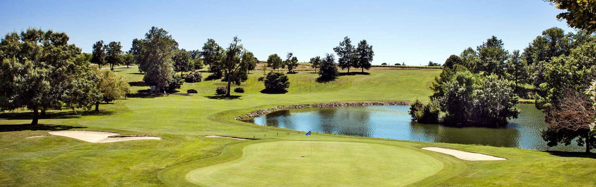 The Golf des Vigiers's picturesque golf course situated in sensational South-West France.