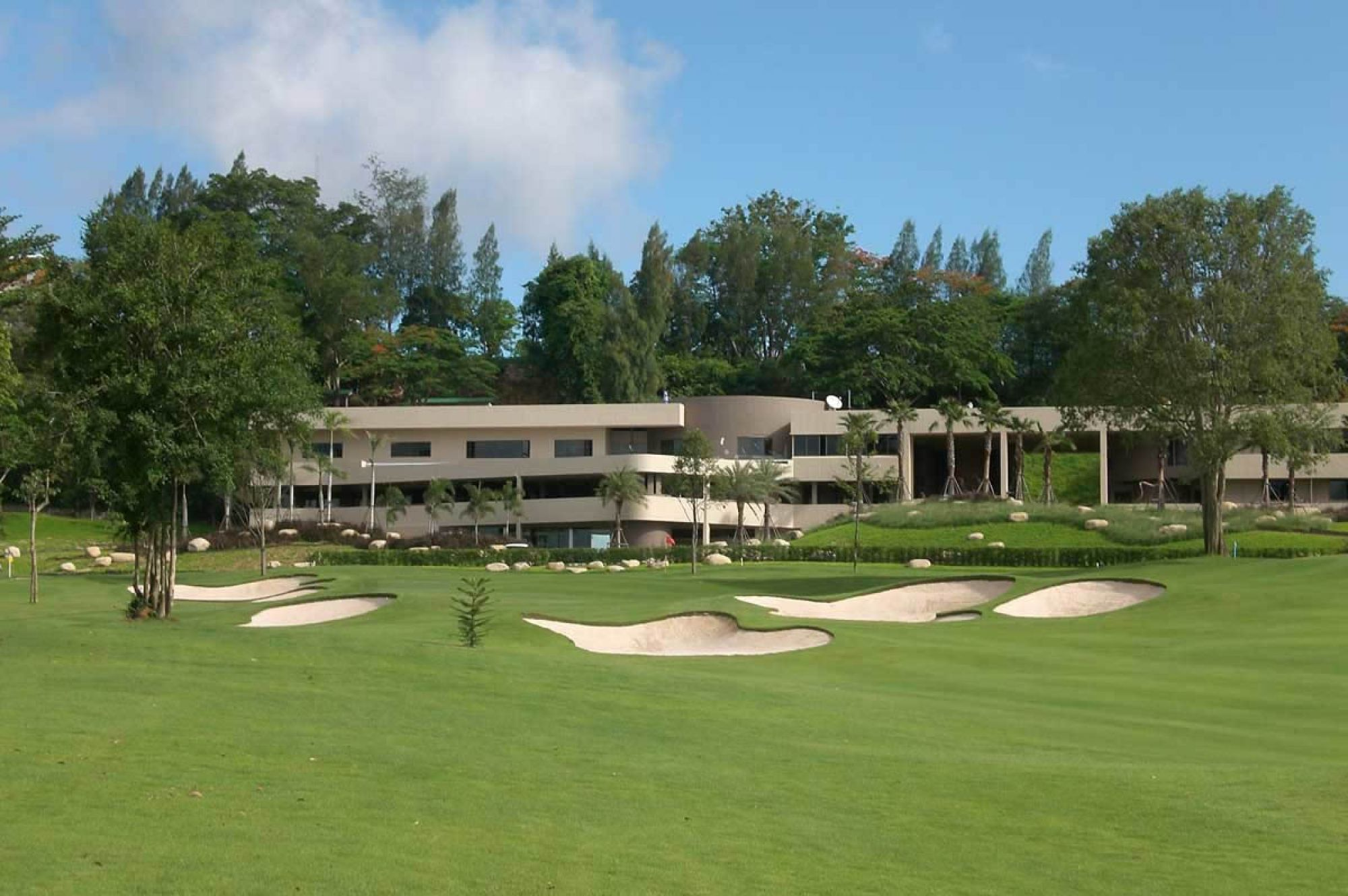 Siam Country Club Old Course includes among the leading golf course in Pattaya