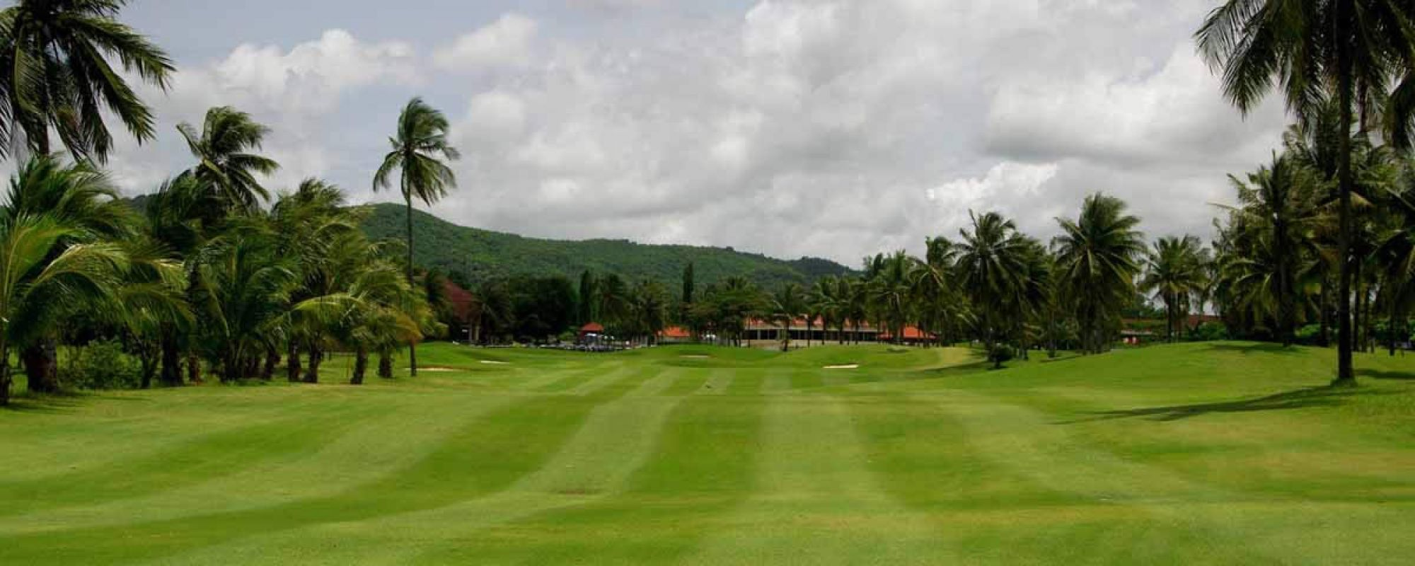 View Eastern Star Country Club's lovely golf course situated in brilliant Pattaya.