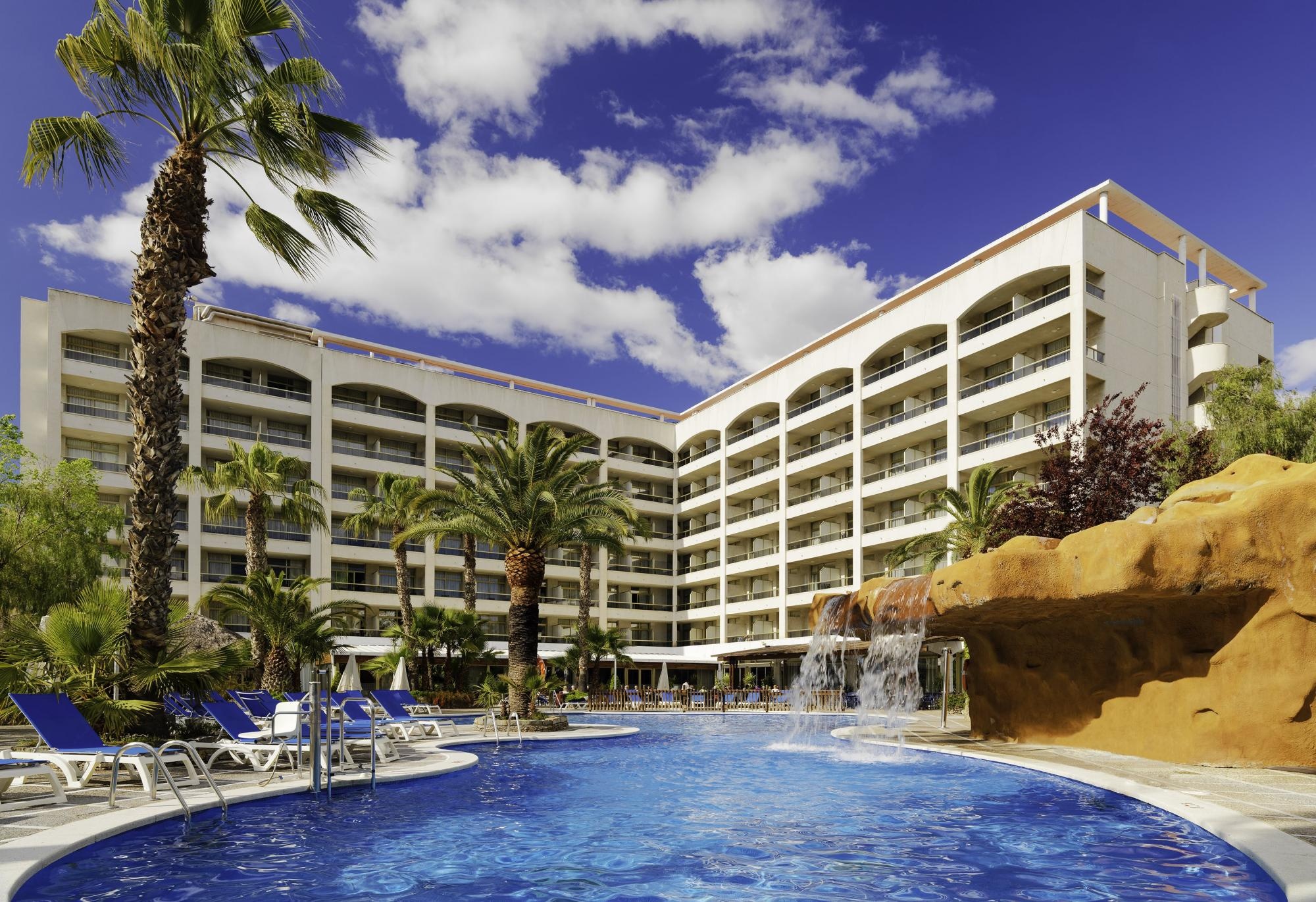 The H10 Salou Princess's picturesque main pool in dazzling Costa Dorada.