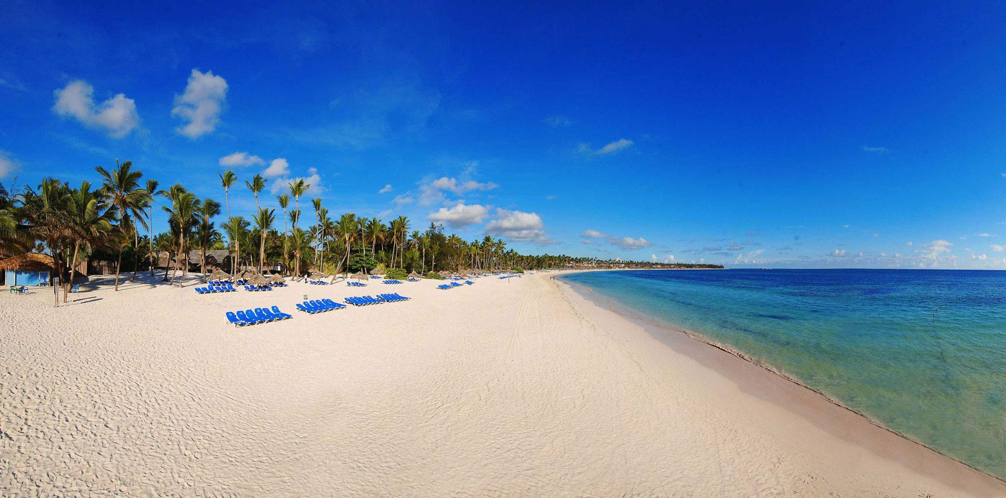 The Melia Caribe Tropical Golf  Beach Resort's lovely beach situated in vibrant Dominican Republic.
