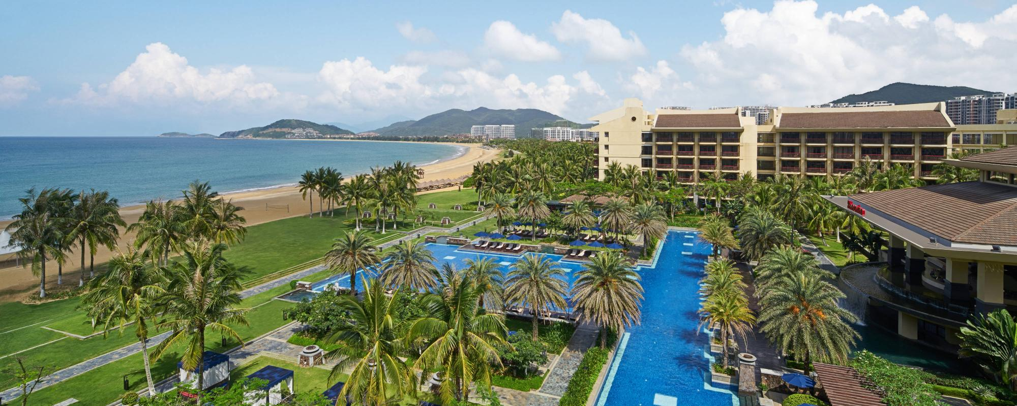 The Sheraton Shenzhou Peninsula Resort's impressive hotel situated in sensational China.