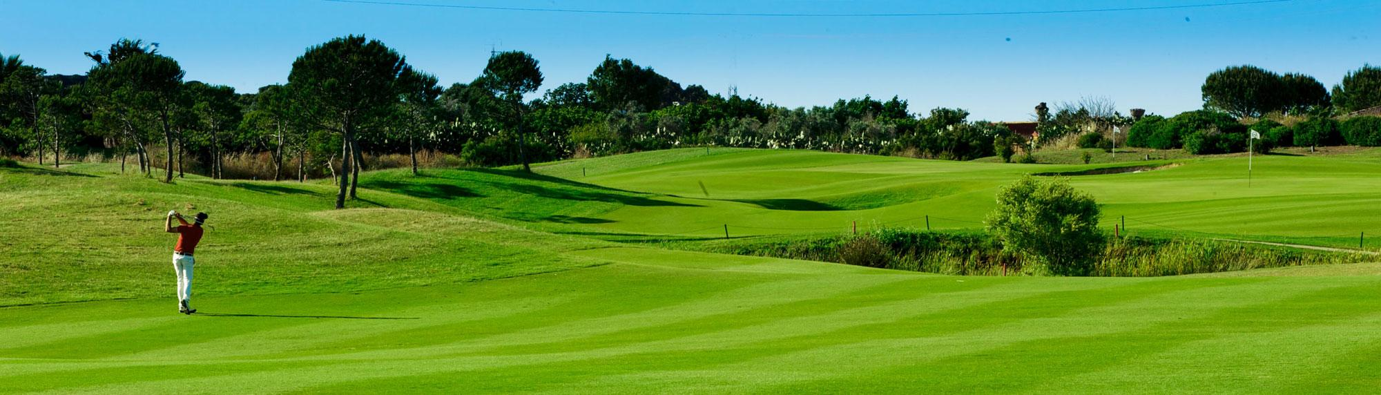 View Golf La Estancia's impressive golf course situated in brilliant Costa de la Luz.