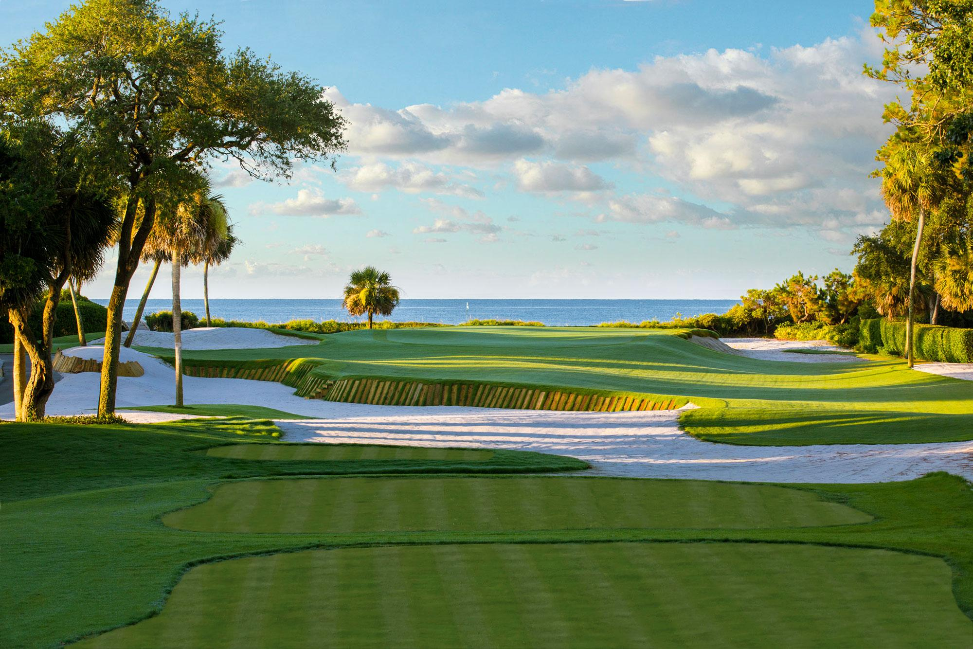 View Atlantic Dunes's impressive golf course situated in incredible South Carolina.