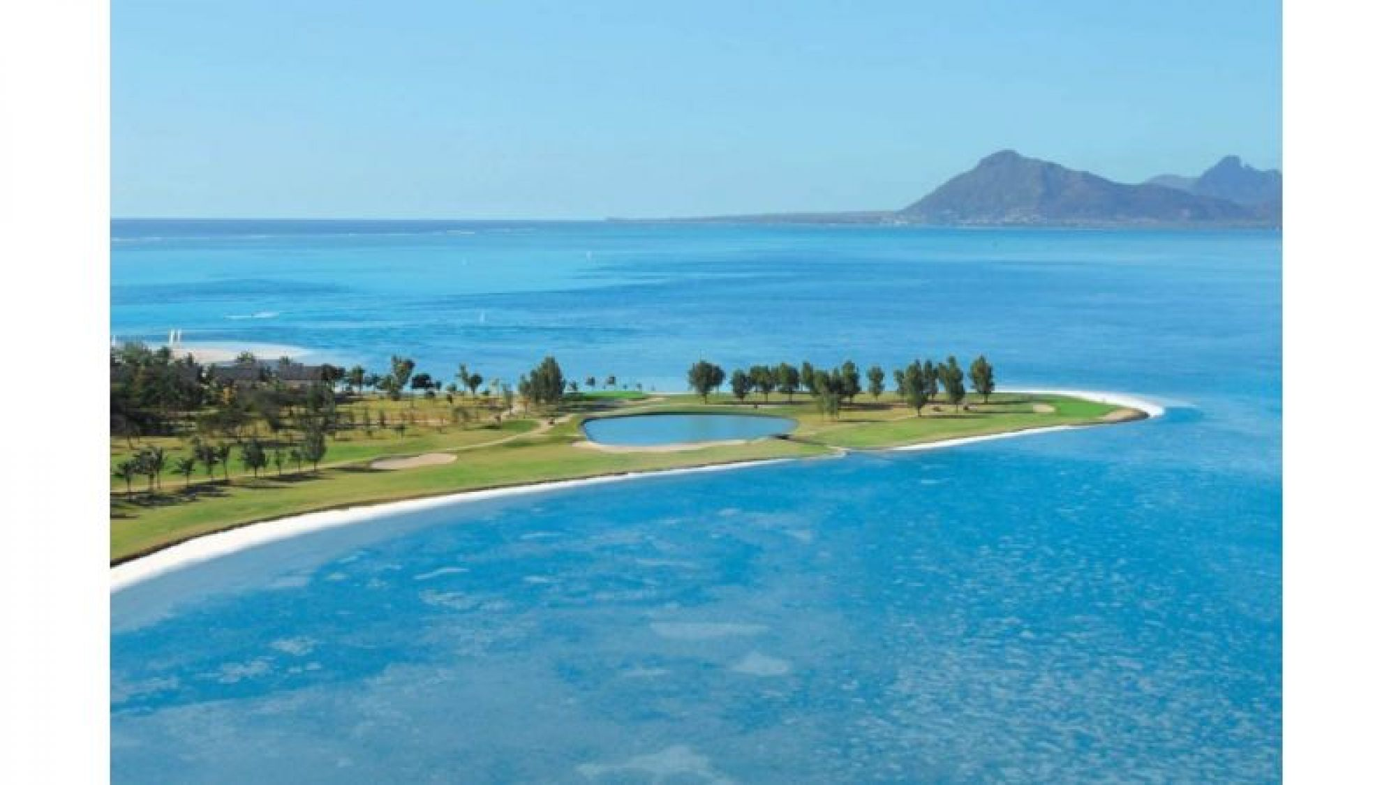 Paradis Golf Club consists of several of the leading golf course near Mauritius