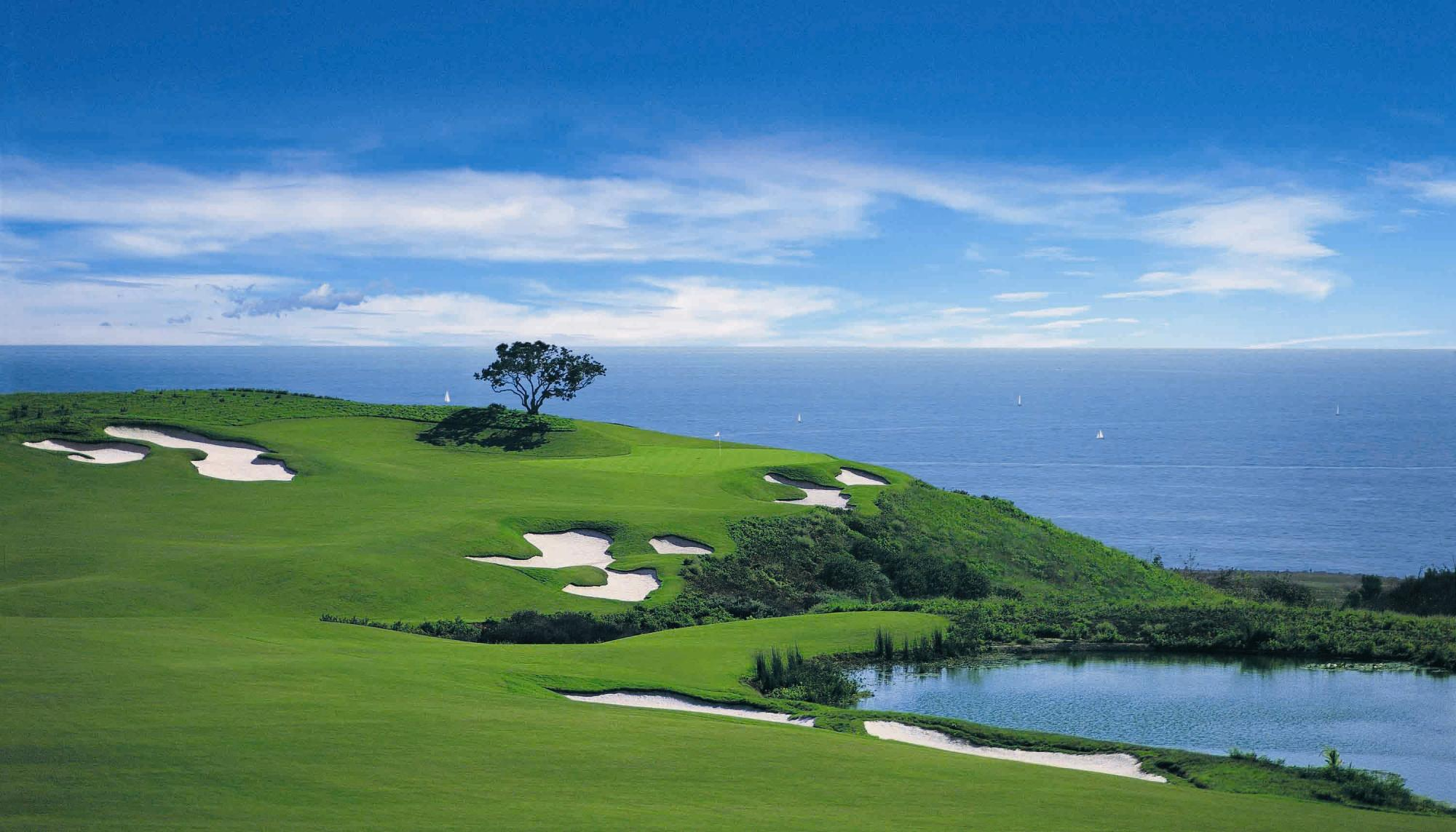 Pelican Hill Golf Club includes several of the best golf course in California
