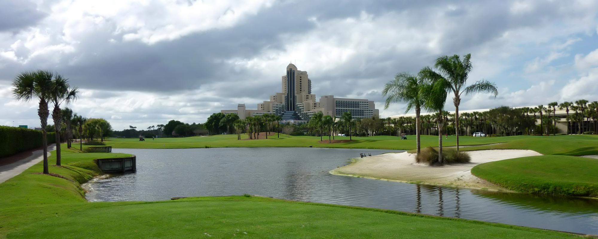 Hawk's Landing Golf Course carries among the most desirable golf course near Florida