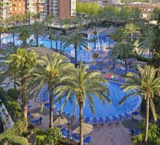 View Sol Pelicanos Ocas Hotel's picturesque main pool situated in fantastic Costa Blanca.