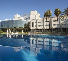 View Silken Al Andalus Hotel's beautiful outdoor pool situated in marvelous Costa de la Luz.