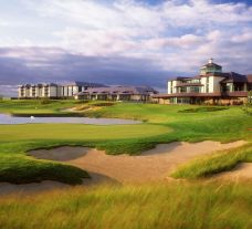 The Heritage Golf Resort's impressive hotel situated in amazing Southern Ireland.