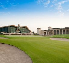 The Abu Dhabi Golf Club's lovely golf course within stunning Abu Dhabi.
