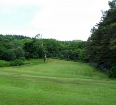 View Tarbert Golf Club's impressive golf course situated in dazzling Scotland.