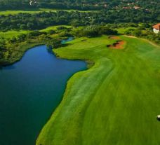 Zimbali Country Club carries several of the best golf course around South Africa