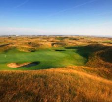 Royal St. George's Golf Club carries several of the best golf course around Kent
