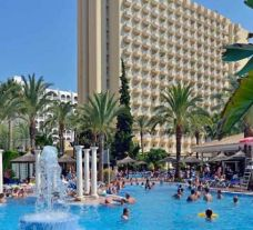 the Sol Pelicanos Ocas Hotel in Benidorm