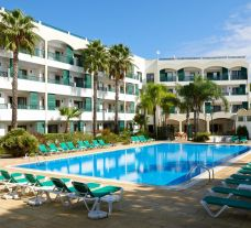 The Formosa Park Hotel's impressive main pool situated in amazing Algarve.