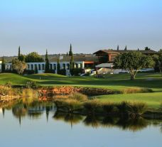 Dom Pedro Victoria Golf Course boasts some of the finest holes in Algarve