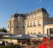 Chateau Hotel Mont Royal Chantilly