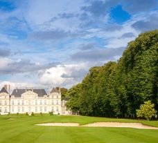 All The Chateau de Raray's scenic golf course within magnificent Paris.