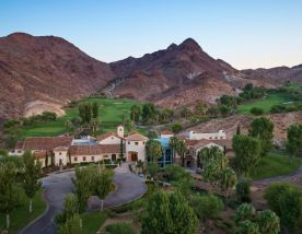 The Cascata Golf's beautiful golf course within amazing Nevada.