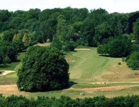 Donnington Valley Golf Club has got some of the premiere golf course within Berkshire