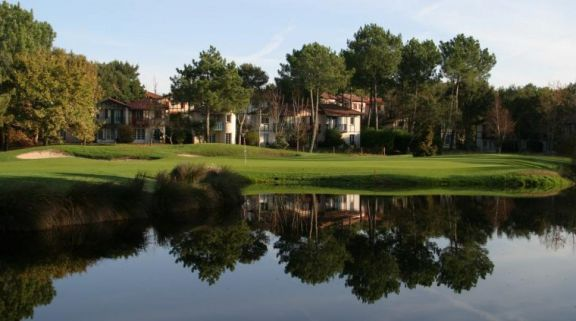 Golf de Moliets has got lots of the leading golf course around South-West France