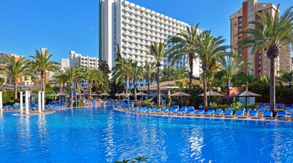 View Sol Pelicanos Ocas Hotel's picturesque hotel situated in fantastic Costa Blanca.