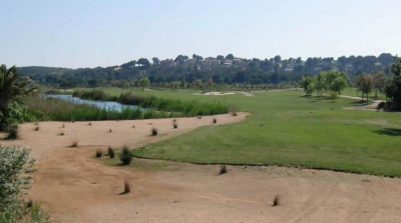 Lumine Lakes Golf Course carries among the most excellent golf course around Costa Dorada