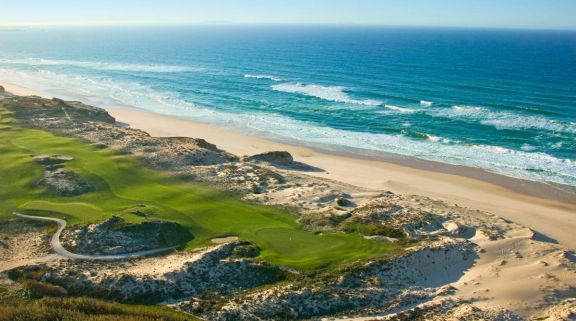 The Praia d'el Rey Golf Course's beautiful golf course situated in spectacular Lisbon.