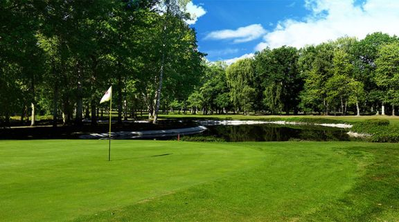 Golf de Reims provides among the premiere golf course around Champagne & Alsace