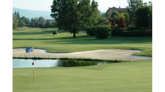 Modena Golf & Country Club consists of lots of the leading golf course around Northern Italy