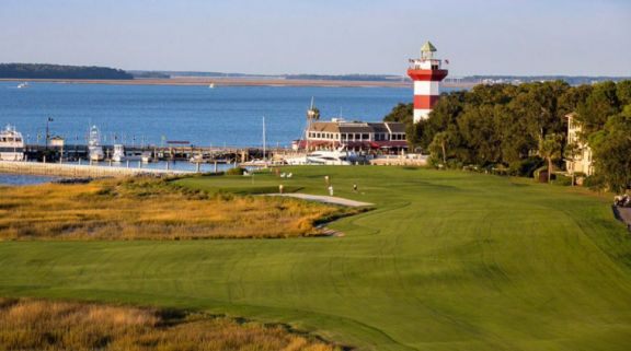 Harbour Town Golf Links features lots of the best golf course around South Carolina