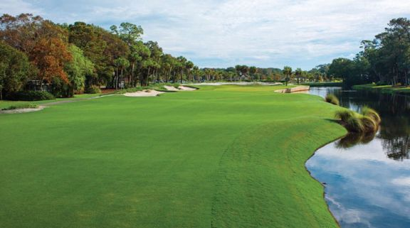View Atlantic Dunes's beautiful golf course within stunning South Carolina.
