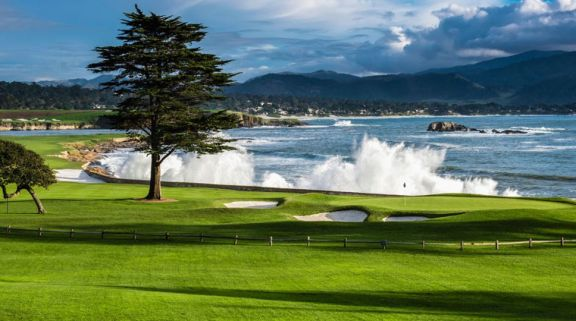 Pebble Beach Golf Links includes among the leading golf course around California