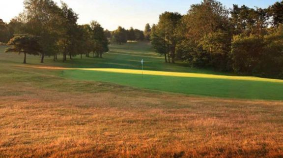 Tudor Park Country Club carries among the most desirable golf course near Kent