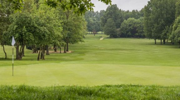 The Cambridgeshire Golf Course provides among the most desirable golf course around Cambridgeshire