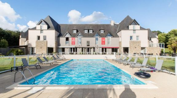 Domaine Des Ormes Outdoor Pool