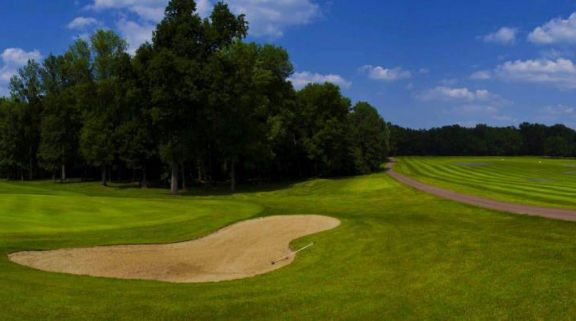 View Golf de lAilette's picturesque golf course in dramatic Champagne & Alsace.