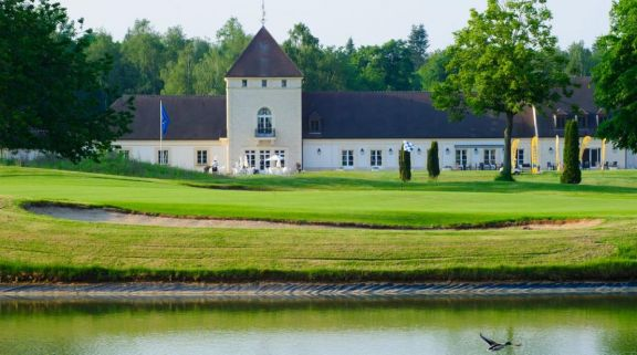 Golf d Apremont includes some of the finest golf course within Paris