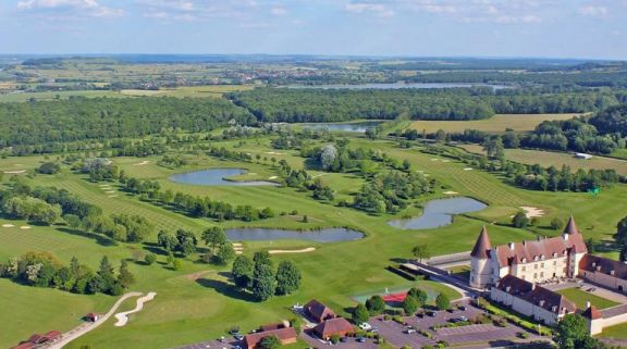 Golf du Chateau de Chailly features lots of the leading golf course within Paris